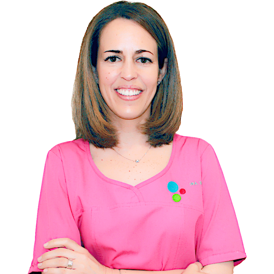 https://www.clinicadentalsimon.com/wp-content/uploads/2015/11/Marta-Simon-Perfil.png