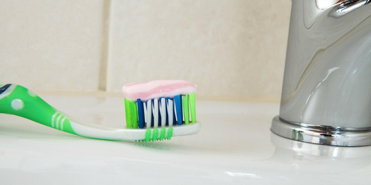 Los selfies mejoran la limpieza de tus dientes