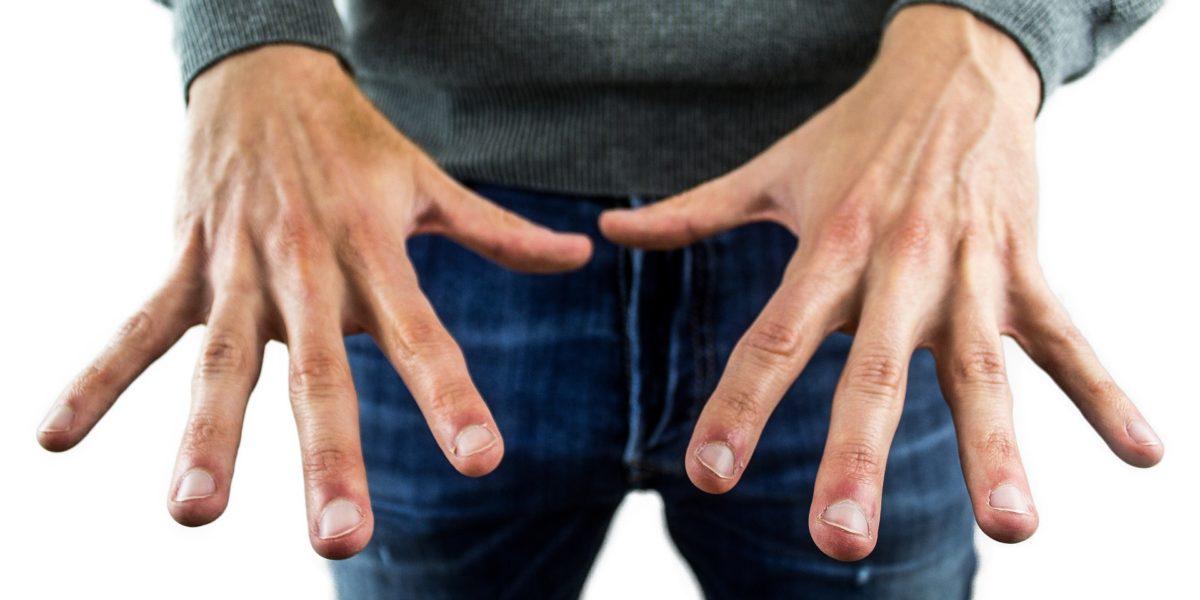 Morderse las uñas perjudica gravemente tu salud dental