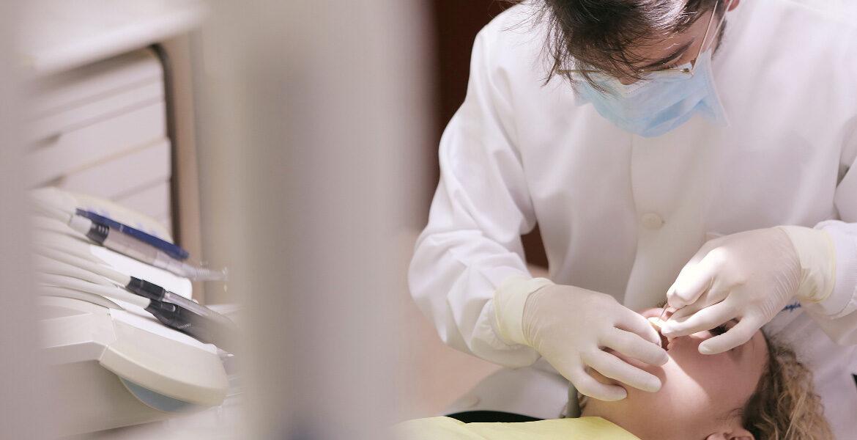 Siete tips para identificar la enfermedad de las encías